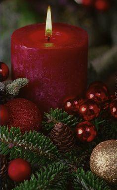 Christmas Scenes, Noel Christmas, Christmas Candles, Christmas Pictures, Winter Christmas, Christmas Lights, Christmas Decorations, Xmas, Christmas Feeling