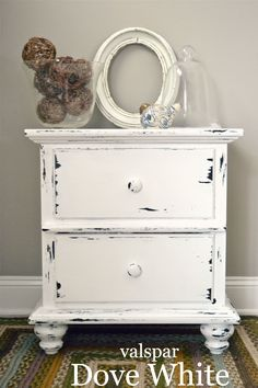 paint color to remember...valspar dove white