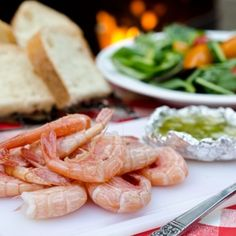 Camping Recipes: Prawns With Lemon Garlic Butter