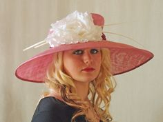 Kentucky Derby Wedding Easter Hat in Rose by HatTrix on Etsy Rose Vintage, Church Hats, Summer Suits, Red Hats, Derby Hats, Southern Belle, Kentucky Derby, Fascinator, Flowers