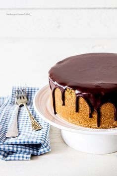 Questa cheesecake è una delle ricette più gettonate del blog. Sembra complicata, ma è solo ricca di passaggi, ma riempie il cuore di gioia e soddisfazione