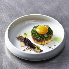 Inspiration für Ihr Festtagsmenu: Thunfisch in Begleitung von Eigelb, Premium Mango & Sudachi-Gel Kampot, Mango, Eggs, Cooking, Breakfast, Inspiration, Food, Gourmet, Fine Dining