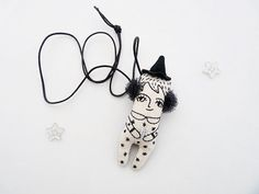 Hey, I found this really awesome Etsy listing at https://www.etsy.com/pt/listing/205810552/witch-quartz-doll-kids-necklace