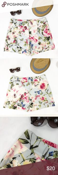 "Ny&Co Floral Shorts Silky Painted Flowers 5 inch Gorgeous floral shorts in a Silky Floral fabric. Deep pockets. Large cuffs and 6"" inseam. High rise, come right below the belly button.Waist 34"", rise 10"" inseam 6"". New York & Company Shorts"