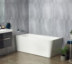 New Left Hand Contro Back to Wall Bath