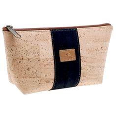 Kork Etui «Black Edition» – Beutel aus nachhaltigem Kork – Online kaufen Bags, Fashion, Accessories, Pocket Wallet, Pens, Sustainability, Handbags, Moda, Fashion Styles