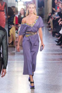 Bottega Veneta Spring 2018 Ready-to-Wear  Fashion Show - Candice Swanepoel