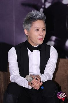 Junsu + tongue. :D (Taiwan press conference for solo concert)