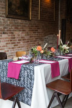 Romantic Fall Supper & Calligraphy Workshop: http://www.stylemepretty.com/living/2015/11/11/moody-and-romantic-fall-supper-calligraphy-workshop/ | Photography: Carolina Mariana - http://carolinamariana.com/