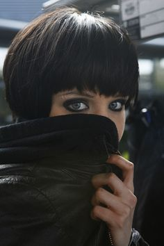 Alice Glass - If I decided to cut my hair short, I would want it to look like this. Plus the eyeliner. Must not be afraid of eyeliner.