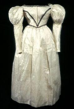 ca. 1830, Abendkleid aus Seide, Großbritannien?