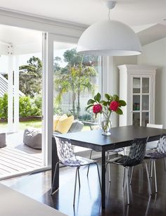 A busy family achieved their style and function goals in this renovation which saw an impractical kitchen and dining area transformed into an open plan, airy family hub  In a snapshot Who lives here? David Kidd (works in banking), Kelley Kidd (stay-at-home mum), twins James and Ruby, Charlotte, and Hugo, plus Dotti the Cavoodle dog. …