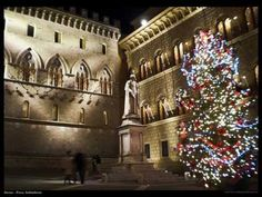 A festive time in Italy and around the world.    Muziczone1 wishes you Pace - Peace.