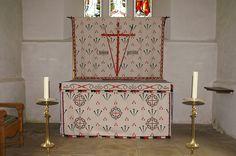 north cerney england medieval   North Cerney, Gloucestershire - high altar lenten array