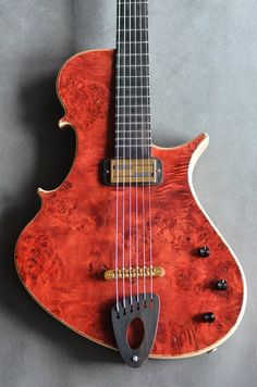 Marek's trademark Stradi body design has always worked well for bass bodies, and I have always felt that it would work for guitars as well. He previously made a guitar in this style before (S…