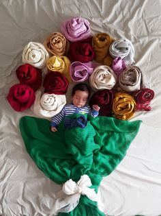 Creative Newborn Photos Using Blankets | You'll Never Guess the Simple Household Items Used to Create These Amazing Baby Photos | POPSUGAR Moms Photo 8
