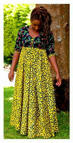 Hello here are some lovely rated ankara gowns for the ladies. Latest African Fashion Dresses, African Dresses For Women, African Print Fashion, African Attire, African Wear, Africa Fashion, Korean Fashion, Nigerian Wedding Dresses Traditional, African Traditional Dresses