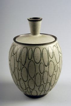 Harrison McIntosh | 2004.2.204 Jar, 1969 Wheel-thrown stonew… | Flickr