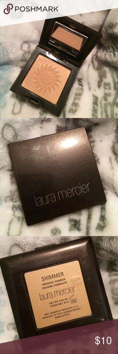 ✨Laura mercier highlighter in shimmer ✨ LE RARE Only swatched Laura mercier highlighter ✨ accepting offers. ❤️ MAC Cosmetics Makeup Luminizer