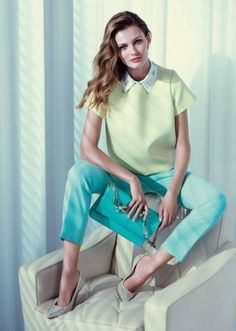 note the mint pants and darker mint/seafoam clutch. also note the collar and oversized shirt - this combo is becoming popular