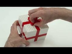▶ LEGO® Creator Building Tips: Build a present with Mr. Snail - YouTube