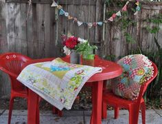 Resin Patio Furniture Makeover ~ using Krylon paint.... Great for jazzin' up that tired & old set....