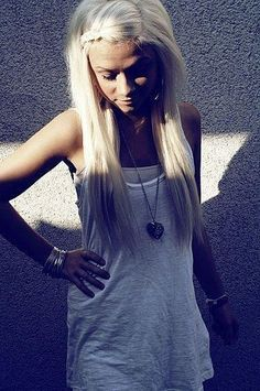Braid with straight long hair. Cute and easy!