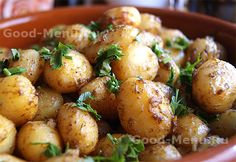Молодая картошка в духовке - рецепт