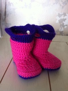 Goshalosh Booties - Pink and purple.