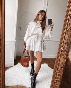 Streetwear Fashion white sweater and white skirt Petite Outfits, Mode Outfits, Casual Outfits, Fashion Outfits, Womens Fashion, Fashion Trends, Fashion Clothes, Fashion Ideas, Fashion Hair