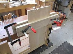 You Want a Pizza or a Twin-screw Vise? - Popular Woodworking Magazine