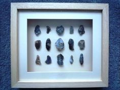British Neolithic / Mesolithic Flint Tools / Scrapers in 3D Pine Frame (U012)