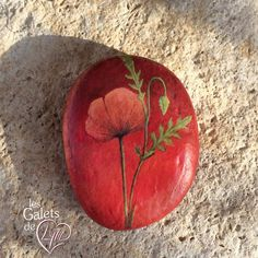 "Poppies handpainted stone, acrylic on river pebble - 1,35 x 1,75"" - 1 oz ~ 35 x 45 mm - 28 g ~ Reference FAS 053 ⭐️ les galets de Lyzzz www.coeurdepierre.org #galetspeints #piedraspintadas #sassidipinti #рисункинакамнях #taşboyama #石ころアート #stonepainting #rockart #homedecor #homedetails #homeinterior #paintedrocks #floweraddict #redflower #poppy #poppies #flowerpainting #ihavethisthingwithflowers #hechoamano #handpainted #beautifulstones #lesgaletsdelyzzz #lyzzzart #globalrockpainters…"