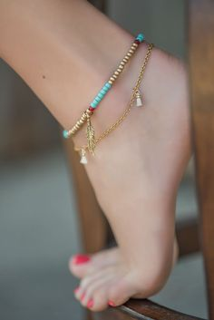 A new collection of ankle bracelets just in time for Spring break, Summer Music Festivals, Beach style and pool sitting  #beachjewelry #anklebracelets