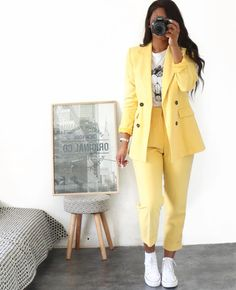Hello Fashionica Total Look Zara Lamey (formerly collector The best outfit ideas Sporty Outfits, Mode Outfits, Classy Outfits, Stylish Outfits, Summer Outfits, Pink Blazer Outfits, Formal Outfits, Dance Outfits, Stylish Men