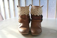 Restyle Old Boots With Belts : Image 2 of 2