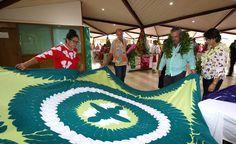 ARTISANAT - Le ministre de l'Artisanat, Heremoana Maamaatuaiahutapu, a ouvert,ce lundi matin, en présence de plusieurs personnalités, la 19ème édition du Salon du tifaifai qui se tient du 2 au 8 octobre, dans le hall de l'Assemblée de la Polynésie française. Cette manifestation, soutenue par le...