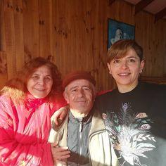 Tarde de familia  #instago #instachile #chiloé #instamoments #sweettmoment #familymoments #familytime #familylove #family #sistermoments #sisters #isladechiloe #lunch #almuerzo #salidas #metime #me #today #mum #myfamily