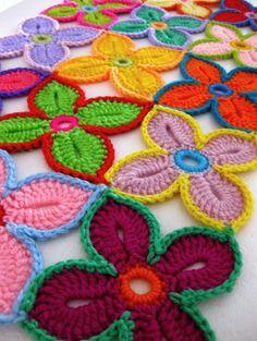 Hawaiian flower crochet pattern