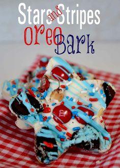 Stars and Stripes Oreo Bark {Recipe} Mickey Mouse Oreo Bark too!!