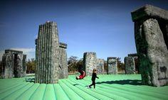 Jeremy Deller en Móstoles: Este castillo tiene mucho arte