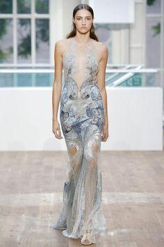 Dress for a Falmari - Julien Macdonald