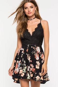 "A""GACI   Malia Floral Flare Dress   #Agaci"