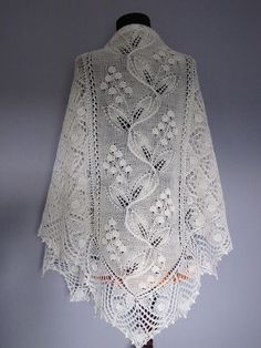 """Photo from album """"Узоры,схемы"""" on Yandex. Lace Knitting Patterns, Shawl Patterns, Lace Patterns, Knitting Stitches, Knitting Designs, Knitting Socks, Crochet Shawls And Wraps, Knitted Shawls, Tricot D'art"""