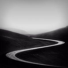 Participa hasta el 31 de agosto en el XI Concurso de Fotografía El Foton elfoton.com #elfoton15 categoría #CreatividadFotografica Usuario: mpereda (Islandia) - The Road - Tomada en Hverir el 11/07/2013 #photos #travel #viajes #igers #500px #Picoftheday #Fotos #mytravelgram #tourism #photooftheday #fotodeldia #instatravel #contest #concurso #instapic #instaphotomatix #wanderlust #Islandia #Road #carretera #Hverir #Iceland