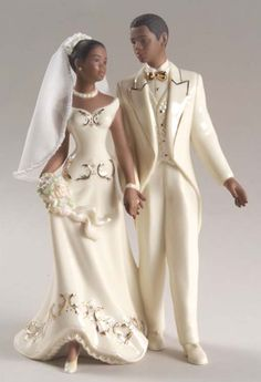 Top African American Wedding Cake Toppers Bride And Groom With Just Married African American Cake Topper . African Wedding Cakes, Black Wedding Cakes, African Weddings, Purple Wedding, Wedding Colors, African American Brides, Bride And Groom Cake Toppers, Ethnic Wedding, Black Bride