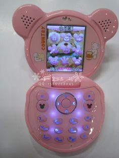 Omg omg this phone Girly, Flip Phones, Kawaii Accessories, Everything Pink, Gyaru, Retro Aesthetic, Kawaii Cute, Kawaii Doll, Sanrio