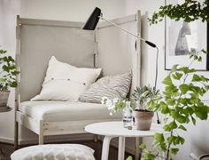 Un joli petit studio scandinave en camaïeu de gris très nature