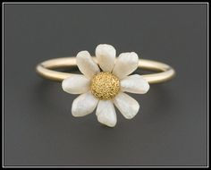 10k Gold & Pearl Daisy Ring Pearl Daisy by TrademarkAntiques