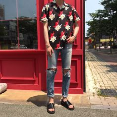12 Useful Tips about Men's Fashion – Designer Fashion Tips Korean Fashion Men, Urban Fashion, Mens Fashion, Fashion Outfits, Fashion Tips, Ulzzang Fashion, Cool Outfits, Summer Outfits, Modelos Fashion